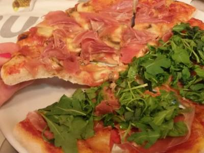 Pizza al farro a lunga lievitazione