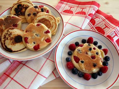 Pancake con frutti di bosco