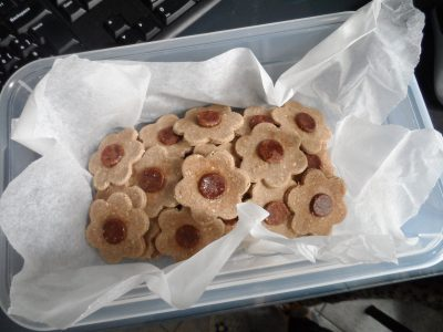 Biscotti fiori di frolla