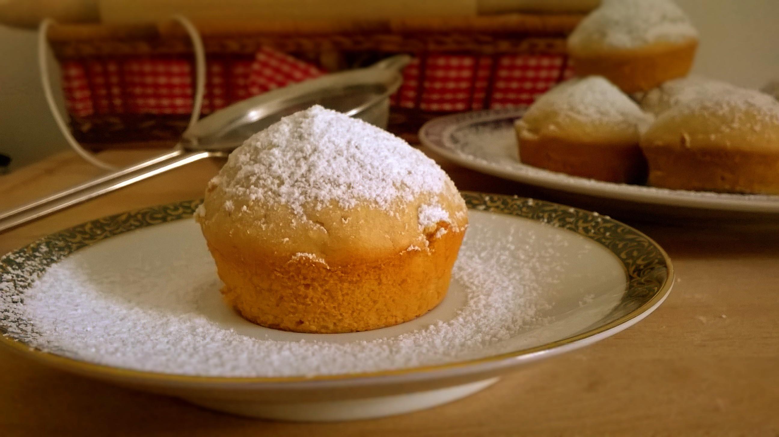 Muffin con farina di riso e mele