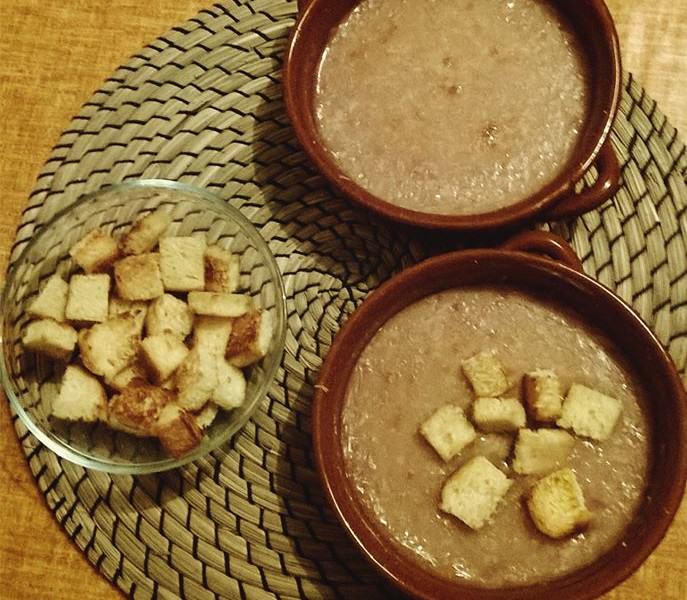 Zuppa rustica di cipolle