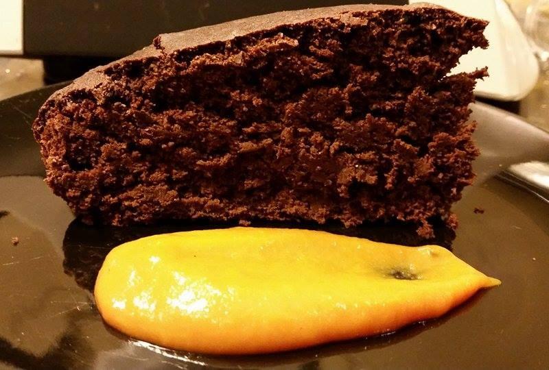 Torta integrale morbidissima al cioccolato light