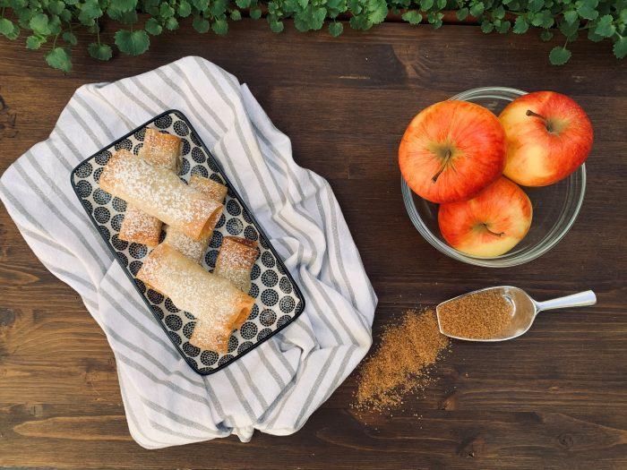 involtini di pasta fillo con mela e cannella