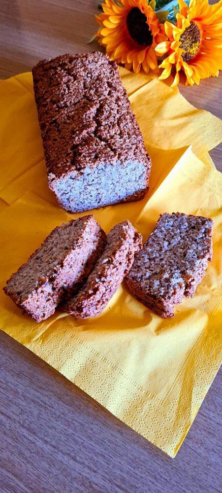 Pan d'avena con nocciole